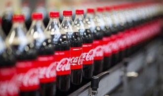 Coca-Cola mění metriku, dvoulitrové lahve úplně zmizí