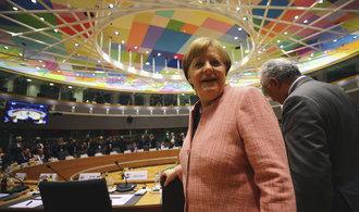 Komentář Vladimíra Handla: Merkelová mezi Bavory a Evropou