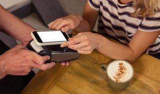 Google spustí své mobilní platby Android Pay již brzy i v Česku