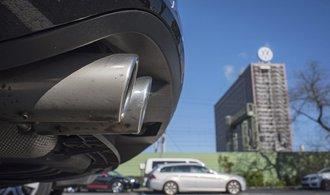 Další rána pro Volkswagen: Německé úřady začaly kvůli emisím vyšetřovat Porsche