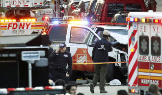 Newyorská policie zasahuje na Manhattanu kvůli explozi