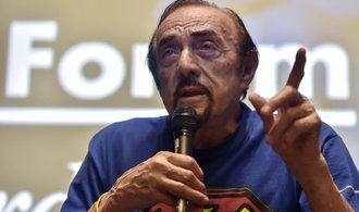 V�chod Evropy se vrac� k totalit�, varuje slavn� psycholog Zimbardo