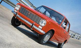 Slavná Lada 2101 slaví 48 narozeniny. Populární vůz se vyráběl osmnáct let