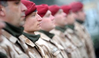 Poslanci projednají rychlejší zasílání vojáků na mise, nebo rozšíření působnosti zpravodajů