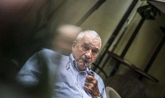 ČSSD i ODS budou ochotny jít s Babišem do vlády, říká Schwarzenberg