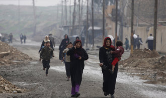 Dobývání Mosulu stojí. Irácká armáda prověřuje, zda bombardování pod vedením USA nezabíjelo civilisty