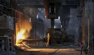 Industriální krása, kterou zadusila válka. Nahlédněte do donbaských sléváren