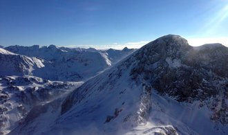 Vědci varují: do konce století přijdou alpské skiareály až o 70 procent sněhu