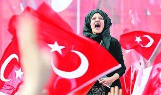 Přední politici německé CDU-CSU žádají konec jednání o vstupu Turecka do EU