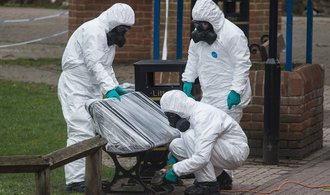Zpráva o odhalení útočníků na Skripala je divoká spekulace, řekl náměstek britského ministra