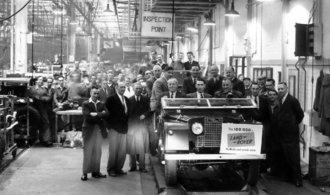 OBRAZEM: Legenda slaví kulatiny. Před sedmdesáti lety veřejnost poprvé spatřila Land Rover