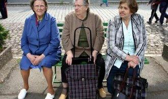 Nástupem do důchodu spadne příjem Čechů o dvě pětiny