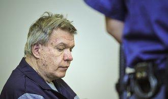 Soud zrušil další stíhání lékaře Jaroslava Bartáka. Ten si už nyní odpykává dvacetiletý trest