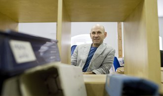 Rodiče si už zvykli za školy platit, říká majitel Scia Šteffl