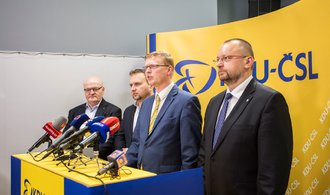 Předsednictvo lidovců doporučilo straně jít do opozice