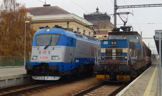 Státní půjčovna vlaků na tripartitě padla, ministerstvo plány vzdává