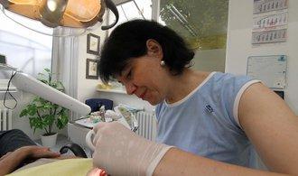 Stát dá sto milionů zubařům na venkově