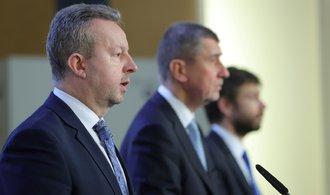 Zeman odkládá přijetí demise Babišovy vlády