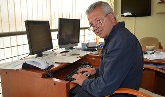 Ředitel středočeské záchranky rezignoval kvůli Rathově kauze