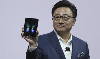 Samsung představil ohebný telefon za téměř 50 tisíc, firma počítá i s podporou kryptoměn