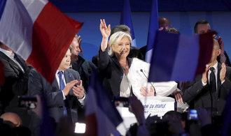 Le Penová mobilizuje před druhým kolem voleb. V sázce je prý přežití Francie