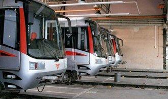 Dopravní podnik v Praze loni vydělal téměř dvě miliardy