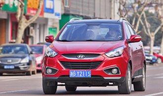 Čína otevírá dveře zahraničním automobilkám. Sníží clo na dovoz
