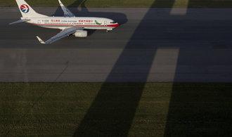 Čínské aerolinky se stávají novým mostem na Východ, těží přitom z mohutných dotací
