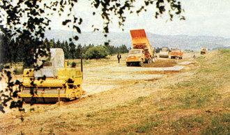 Jak se kdysi stavěly dálnice a proč ty současné tolik nevydrží?