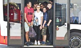 Češi chtějí dojíždět do práce čím dál méně