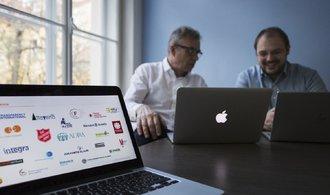 CRM systém Salesforce zavádí do neziskovek, teď o ně stojí velké firmy