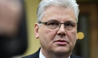 Ministr Ludvík: Nemocniční sestry by si měly dramaticky přilepšit