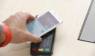 Češi zaostávají za Evropou v mobilních platbách. Řada služeb je však stále nedostupných