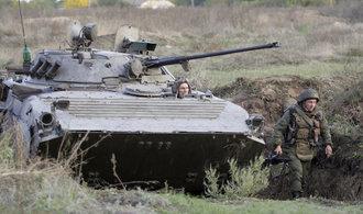 Ukrajina náhle zastavila výstavbu zdi na hranici s Ruskem, chybějí peníze