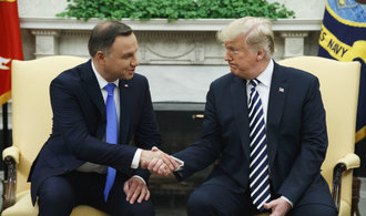 Trump uvažuje o trvalé přítomnosti amerických vojsk v Polsku