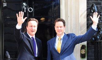 Bývalý britský vicepremiér Clegg nastupuje do Facebooku, řešit bude globální strategie