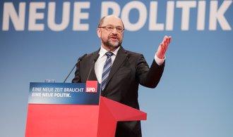 Krok blíž ke koalici. Němečtí sociální demokraté budou jednat s Merkelovou