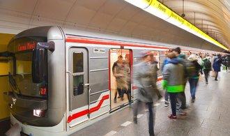 Praha chce zlevnit studentům a seniorům jízdné o polovinu
