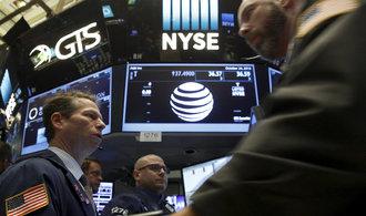 ��ady daj� f�zi s Time Warner zelenou, v��� ��f AT&T