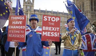 Obavy z brexitu: pesimismus britských firem je nejvyšší od roku 2009