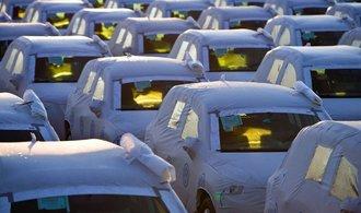 Cla Spojených států na dovoz aut z Evropská unie by měly dopad desetin procent HDP, řekl Chmelař