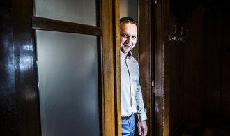 ANO jde vstříc lobbistickým zájmům, říká ke konci šéfky pozemkového úřadu Jurečka