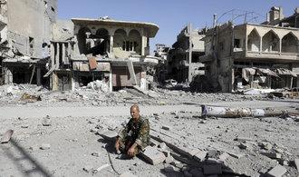 """Moskva: Mezinárodní koalice dobyla syrskou Rakku pomocí """"barbarského bombardování"""""""