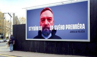 Není to kampaň. Billboardy proti Babišovi dohledu úřadů nepodléhají