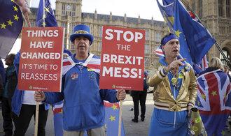 The Times: Většina britské vlády má brexitovou dohodu za mrtvou. Mluví se i o novém referendu