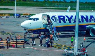 Ryanair si stěžuje u antimonopolních úřadů EU na Polsko, že nechce rozšířit klíčové letiště