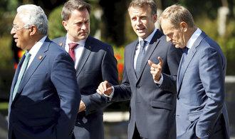 Rozhovory o podobě brexitu musí výrazně pokročit, vzkazují Londýnu lídři EU