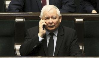 Polská vládnoucí strana chce zvýšit veřejné výdaje o desítky miliard