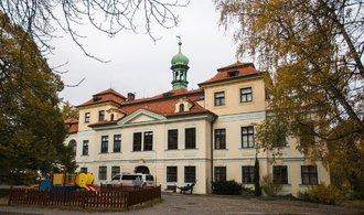 Stát začne pronajímat zámecký areál na Veleslavíně, zájemci zaplatí stovky tisíc měsíčně