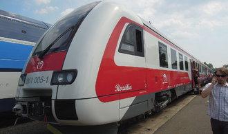 Polovina z nově nakoupených slovenských vlaků je mimo provoz